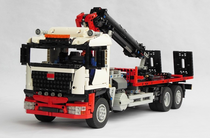 LEGO Technic Recovery Truck with Crane