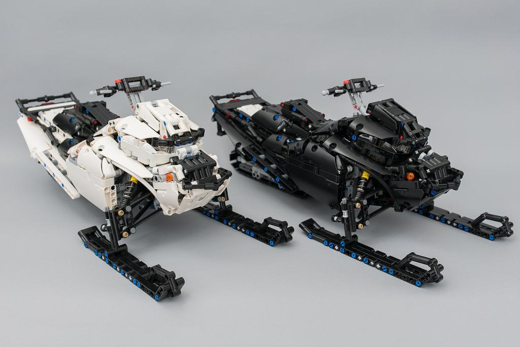 LEGO Technic Snowmobile c SBrick