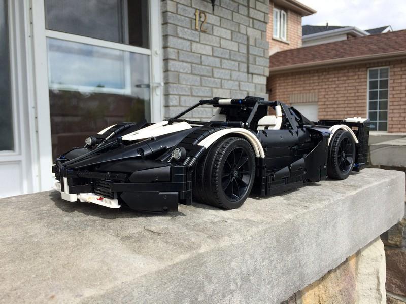Lego Technic MOC Ferrari FXX Supercharged V12