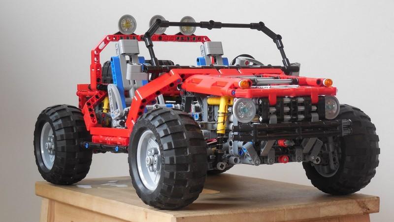Lego Technic Jeep SteppenWolf MOC