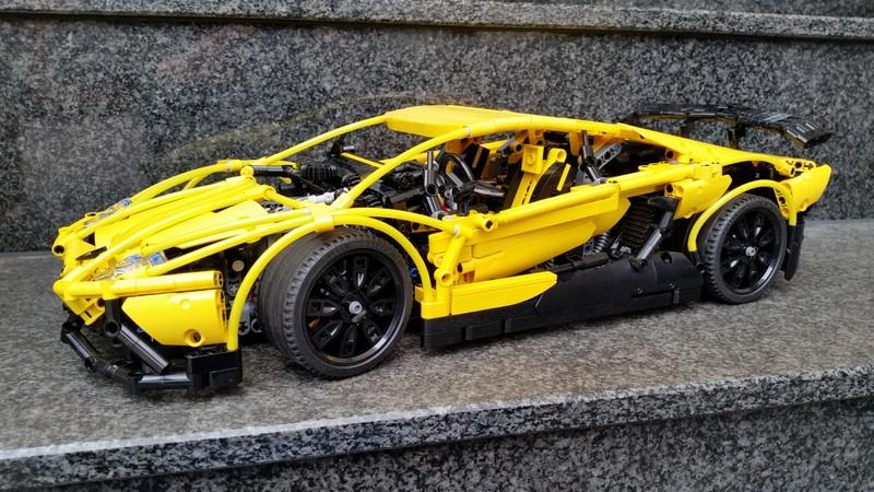 Lego Technic Lamborghini Aventador LP 720-4 50 ° Anniversario MOC