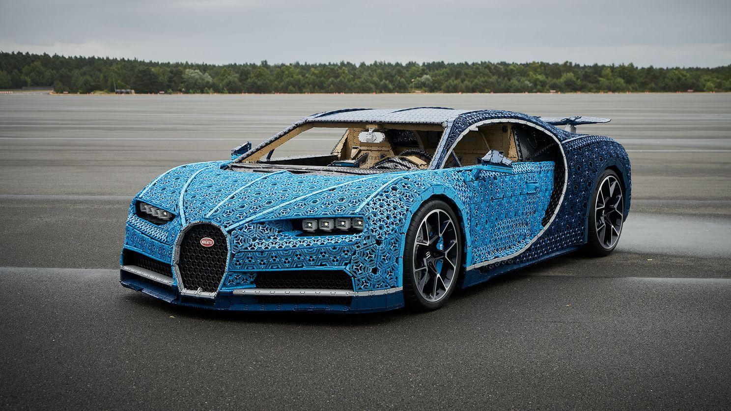 В Россию привезут полноразмерный Bugatti Chiron из Lego