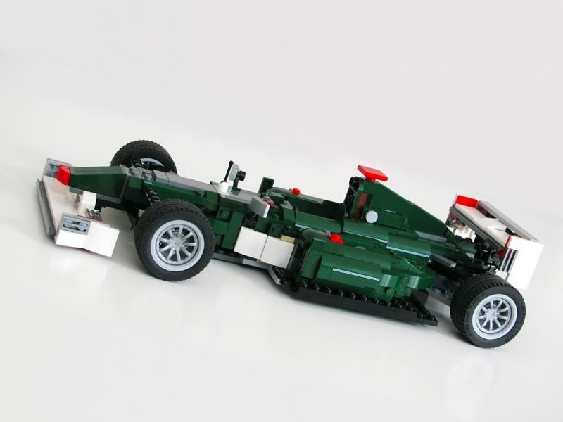 Lego Creator 10242 — F1 MOC