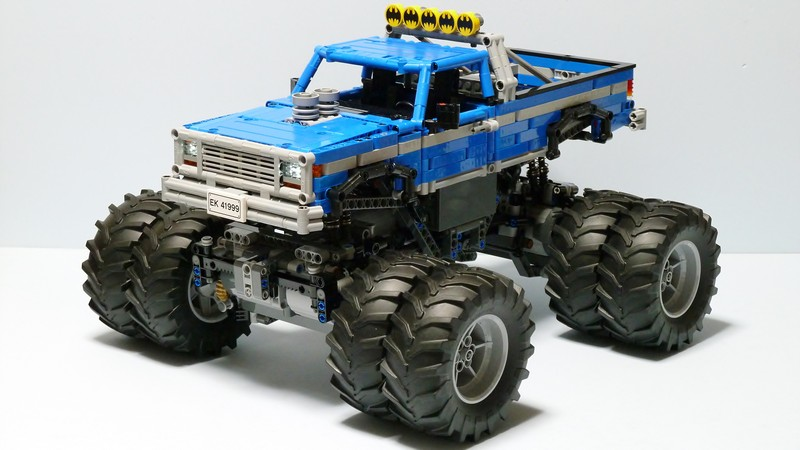 Lego Technic Vintage Monster Truck