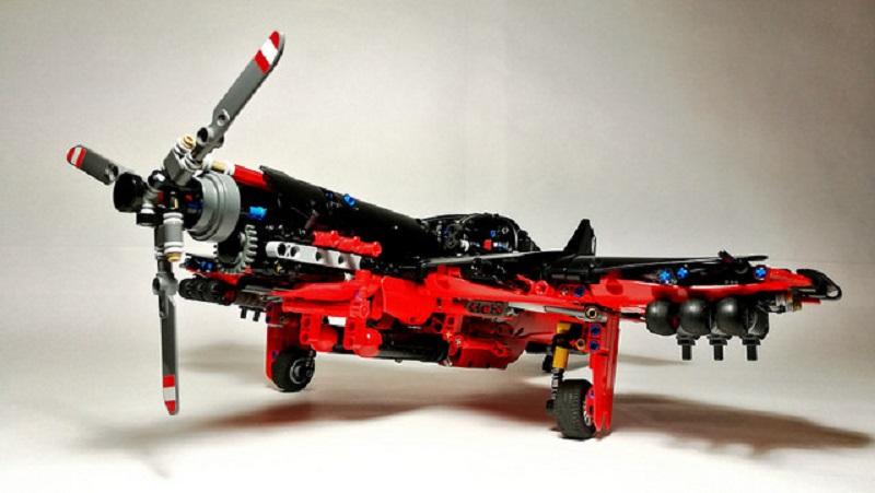 Lego technic Aircraft-Fighter Bomber MK.II