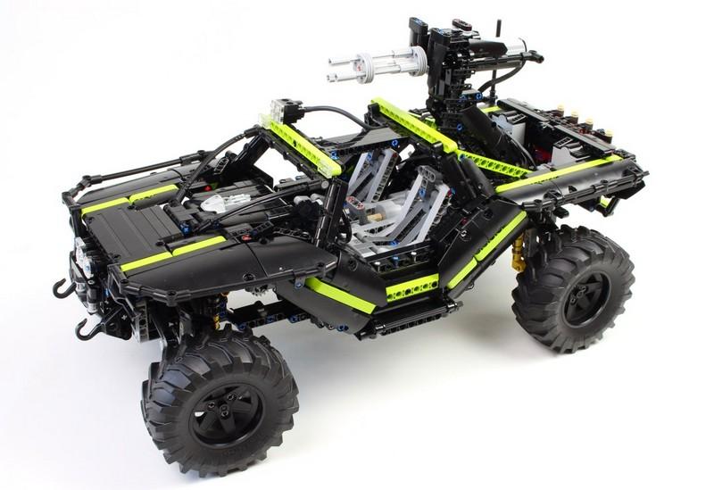 Lego Technic Halo Warthog RC MOC