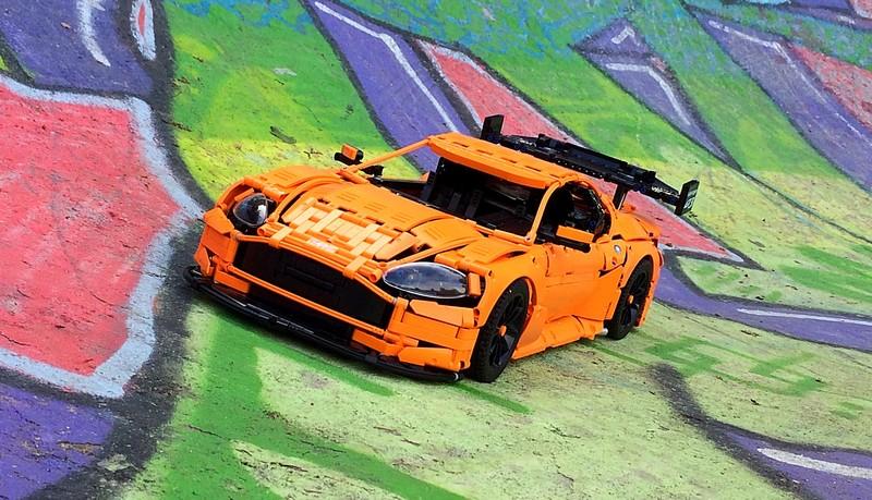 LEGO Aston Martin Vantage GT3 MOC