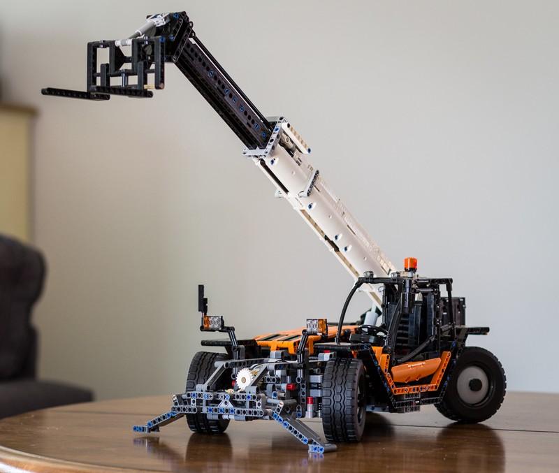 LEGO Technic Telehandler MOC