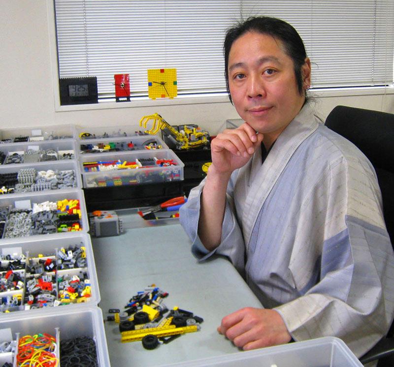 Йошихито Исогава