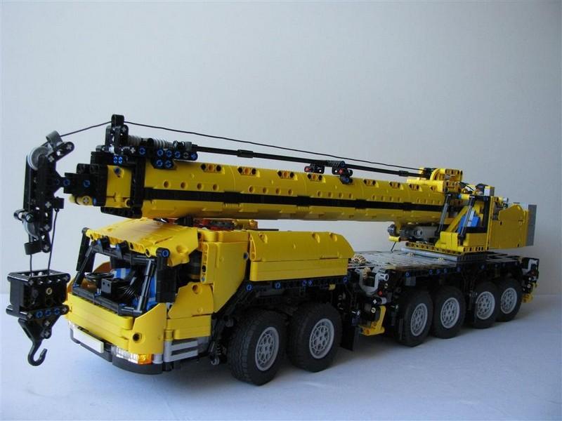 Lego Technic Grove GMK6400 Mobile Crane MK III