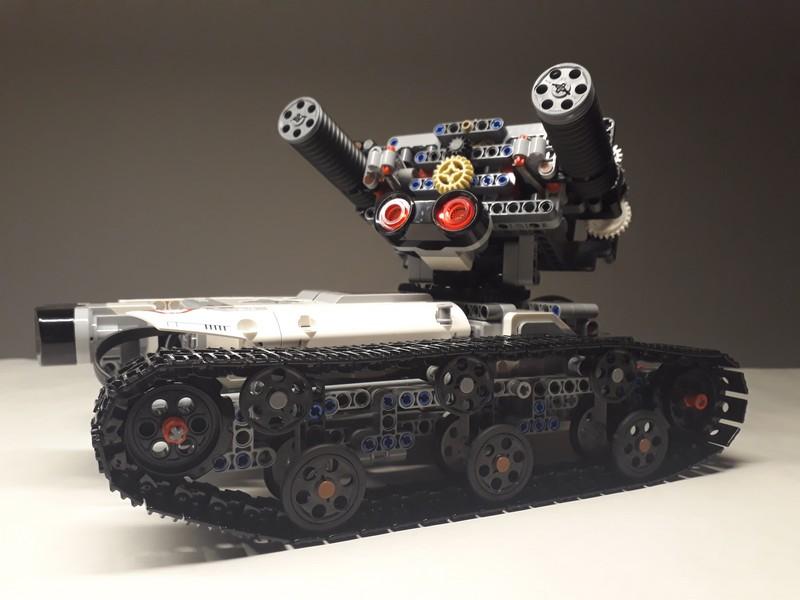Lego Technic PANZ3R-I MOC