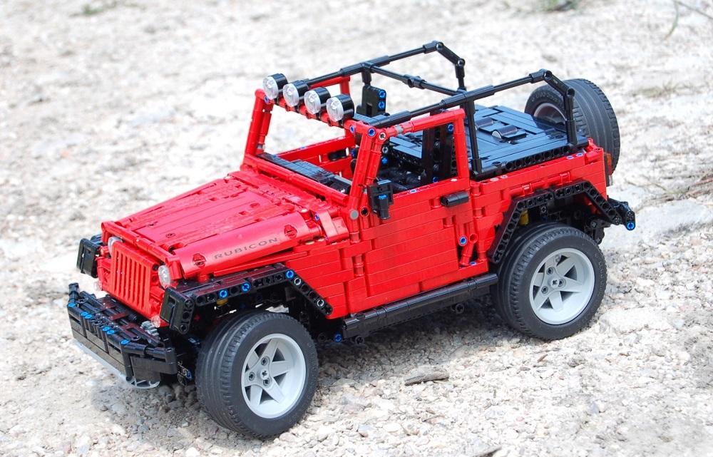 Lego Technic Jeep Wrangler Rubicon (Sheepo)
