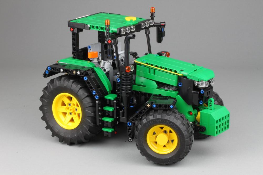 LEGO Technic John Deere 6130R tractor